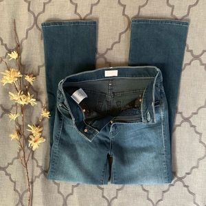 "MOTHER Jeans - 🎉HP🎉MOTHER Insider Crop in ""Repeating Love"" Wash"